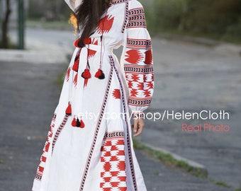 Bohemian Linen Vyshyvanka Dress With Pockets. Boho Style. Ukraine Dress maxi. Ethnic Embroidery. Mexican Dress. Free shipping