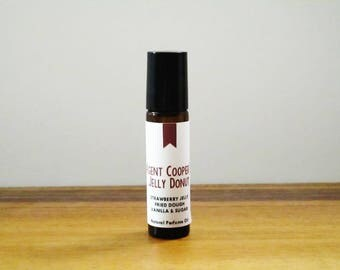 AGENT COOPER'S JELLY Donut / Strawberry Jelly Fried Dough Vanilla & Sugar / Tv Inspired / Twin Peaks Collection / Roll-On Perfume Oil