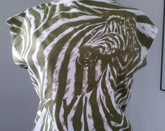 70's Queen's Way to Fashion / Sleeveless Pullover / Zebra print / Avacado green / Evolution Safari