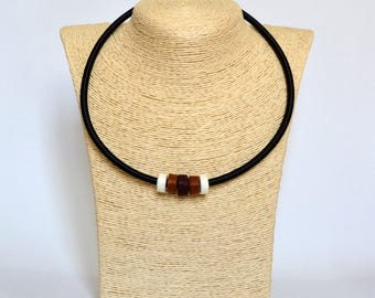 Handmade choker necklace made of circles brown white