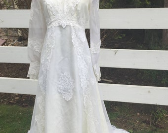 Vintage White Full Length Wedding Dress