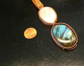 "Handmade Laboridite & moonstone pendent  in copper wire with 22"" leather cord"