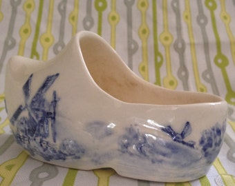 Beautiful ceramic Dutch Clog