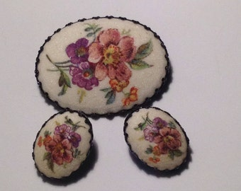 Vintage Off White Hand Painted Pin and Earrings marked Germany