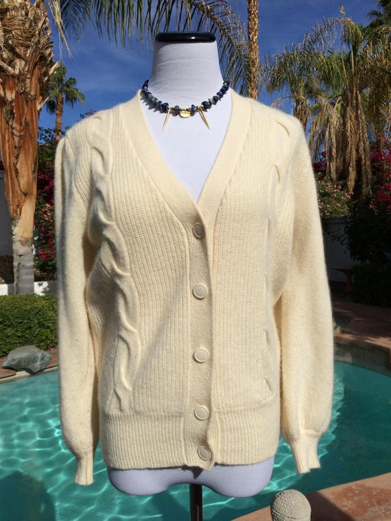 Creme Colored Lambswool,Angora Blend Cardigan,Size Petite Small.