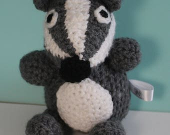 Crochet badger - Stop the Cull - Soft toys - knitted animals - Badger someone else - crocheted toys - gift for vegan - badger gifts