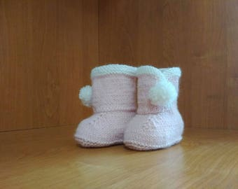 Pale Pink Baby Booties, Pregnancy reveal, Stay On Booties, Knitted Booties Pink Crib Shoes Newborn Shoes Knit Baby Booties Newborn Baby Gift