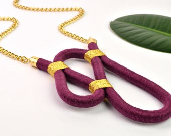 RIPPLE NECKLACE - rope necklace, purple statement necklace, textile, oversized, asymmetric, long chain, two-tone, unique, purple, gold