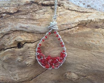 Tear drop pendant silver, red