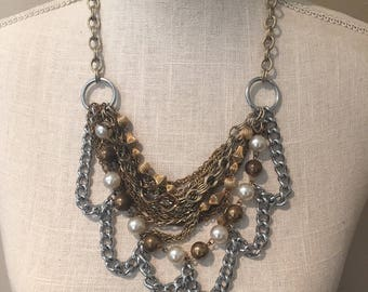 Scalloped mixed metal necklace