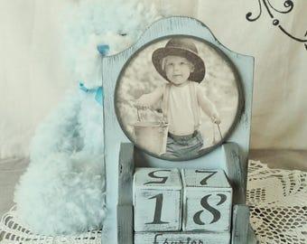 Perpetual calendar, calendar wood, blue calendar, calendar shabby little gentleman