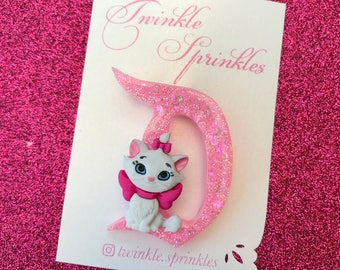 Marie aristocats Disneyland inspired brooch / necklace