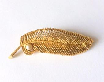 Vintage 1960's Gold Leaf Pearl Statement Brooch