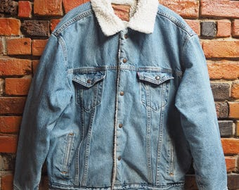 Men's 90s Levi's Light Blue Denim Jacket With Faux Shearling Collar And Lining Size XL X Large