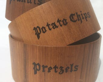 vintage Rossini peanuts, potato chips, and pretzels wooden nesting snack bowls
