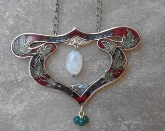 Art Nouveau necklace in red and green enamel with leaf motifs and Moonstone gemstone and dangling green beads