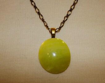 Lemon Serpentine Cabochon Necklace