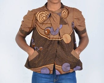 Short jacket with neck bow