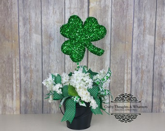 Shamrock Centerpiece, Chalkboard Bucket, St. Patrick's Day Decor, Shamrock, Four Leaf Clover, Irish Holiday, Pot O Gold