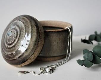 Ceramic Trinket Box, Clay Jewelry Holder, Pottery Small Jar, Ring Dish, Grey
