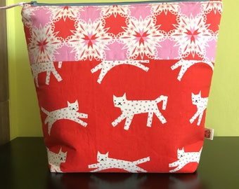 "Handmade large zipper pouch for knitting and crochet project 11.5"" x 7.5"" x 9.5"" x 3.5""  *Cats Run Run*"