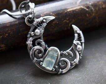 Amulet necklace // Silver amulet moon necklace // Protection moon amulet // Crescent moon silver necklace // Magic amulet // Godess moon