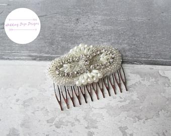 Wedding Hair Comb, Bridal Hair Comb, Rhinestone Hair Comb, Decorative Hair Comb, Delicate Comb, Wedding Comb, Ivory Hair Comb, Hair Jewelry