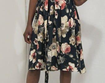 Floral print fit and flare dress, Short floral dress, V-Neck Floral  dress, sleeveless dress, Flirty dress