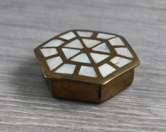 Mother of Pearl Trinket Pot