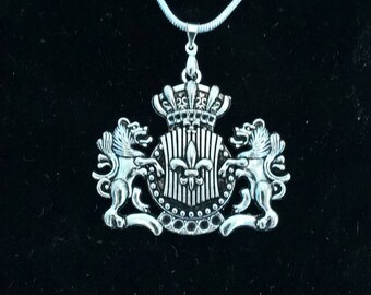 Antique Silver Lion Crest on Silver Chain
