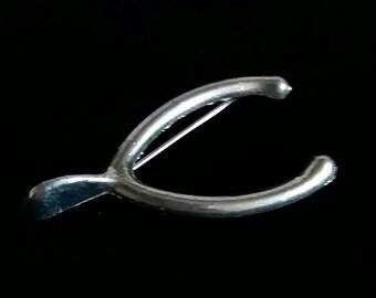 Vintage Wishbone Pin Silvertone Metal Wishbone Brooch 1.5in Pin