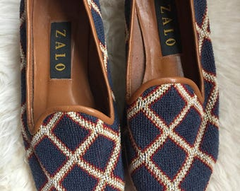 80s vintage Women's  fabric loafers slip ons woven needlepoint oxfords tapestry embroidered shoes 7 1/2 flats