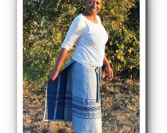 "Traditional South African Indigo Shweshwe wrap skirt waist 1,39 mtr (54,5"")"