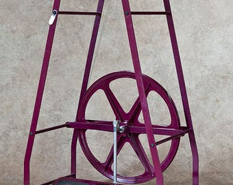 Columbine Spinning Wheel - spinning wheel with one bobbin. Choice of colors.