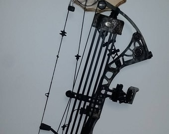Bow rack one piece wall mount, custom engraving