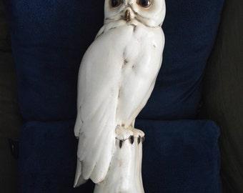 Vintage Lifesize Freeman & McFarlin White Owl Figurine. Signed 'Anthony' Freeman.