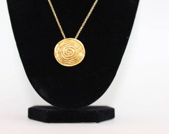 vintage metal button necklace circle design