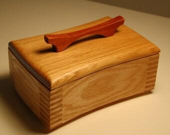 Concave/Convex Bombur Keepsake Box