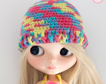 Multicolored hat for Blythe