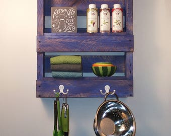 Kitchen/Bathroom Pallet Shelf