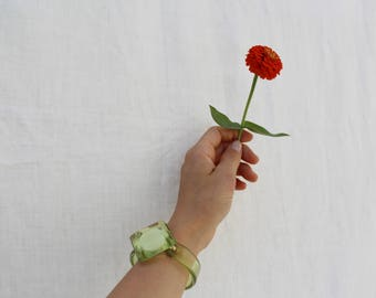 Vintage Translucent Green Plastic Bangle, Clear Resin Bracelet with brass clasp, rigid diamond bangle, 70s, costume jewelry, BR006