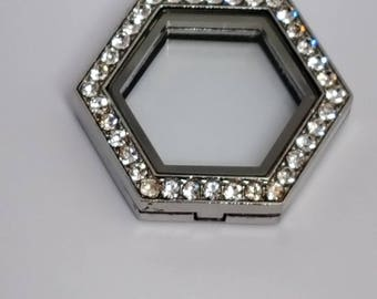Hexagon Shaped Locket (Clearance item)Clearance
