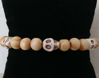 Skull bracelet and wooden beads