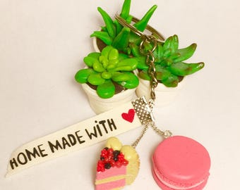 Macaron and charlotte in polymer clay keychain