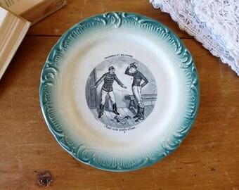 Assiette parlante militaire en porcelaine opaque de Gien fin 19ème / Old French Earthenware Plate from 1900's