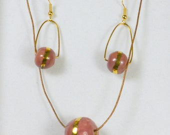 Ornament pendant and earrings in pink white and gloss gold