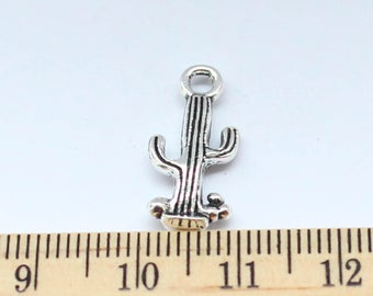 8 Cactus Charms - Cactus Pendant - EF00255
