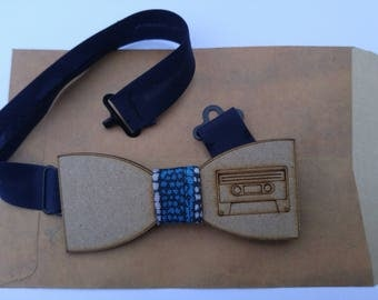 Bow tie wooden cassette