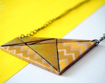 Yellow geometric wood NECKLACE