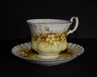 ROYAL ALBERT, Melody Series, Duet, Bone China, Teacup, and saucer, Yellow and Brown floral, Gold Rimmed, England, Vintage, Yellow Tea Cup